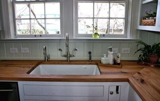 Edge Grain Reclaimed White Oak Countertop with undermount sink and Tung-Oil/Citrus finish