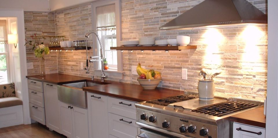 Sipo Mahogany Wood Countertop with Dark Walnut Stain